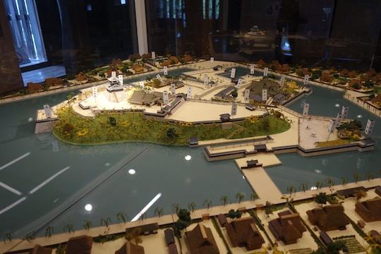 お城模型.jpg