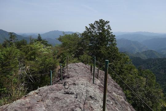 瑠璃山.jpg