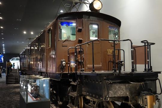 電気機関車.jpg