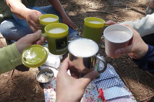 ビールで乾杯.jpg