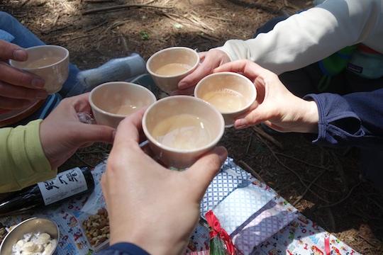 日本酒で乾杯2.jpg