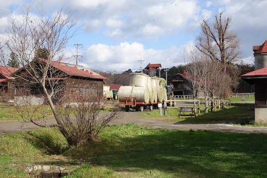 牧草運搬車1.jpg